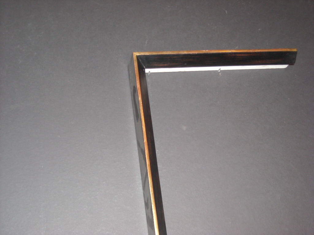 RP170    (1 7/8inch)     two-toned gold trimmed frame