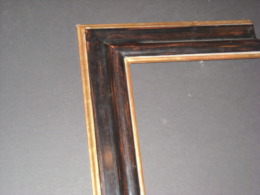 RP202  7/8inch)   raised bevel, two-toned, gold trim frame