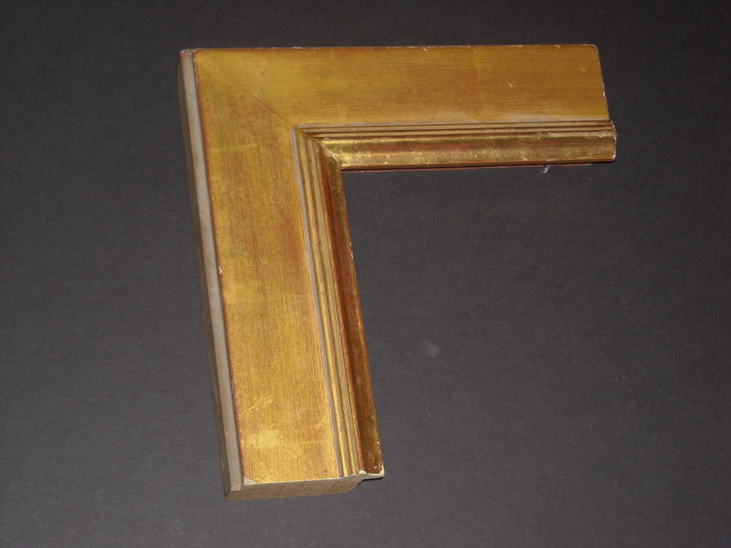 RP25     (3inch) flat solid wood gold bevel frame