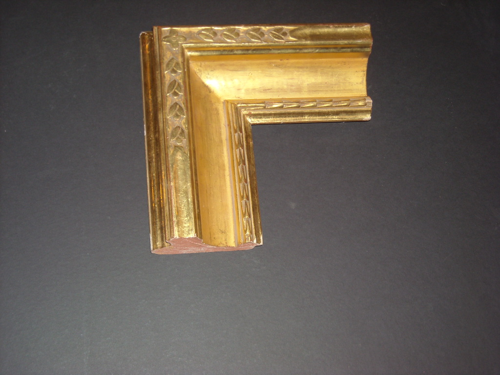 RP27    (4 5/8inch)    gold frame long sculpted corner & inner bevel