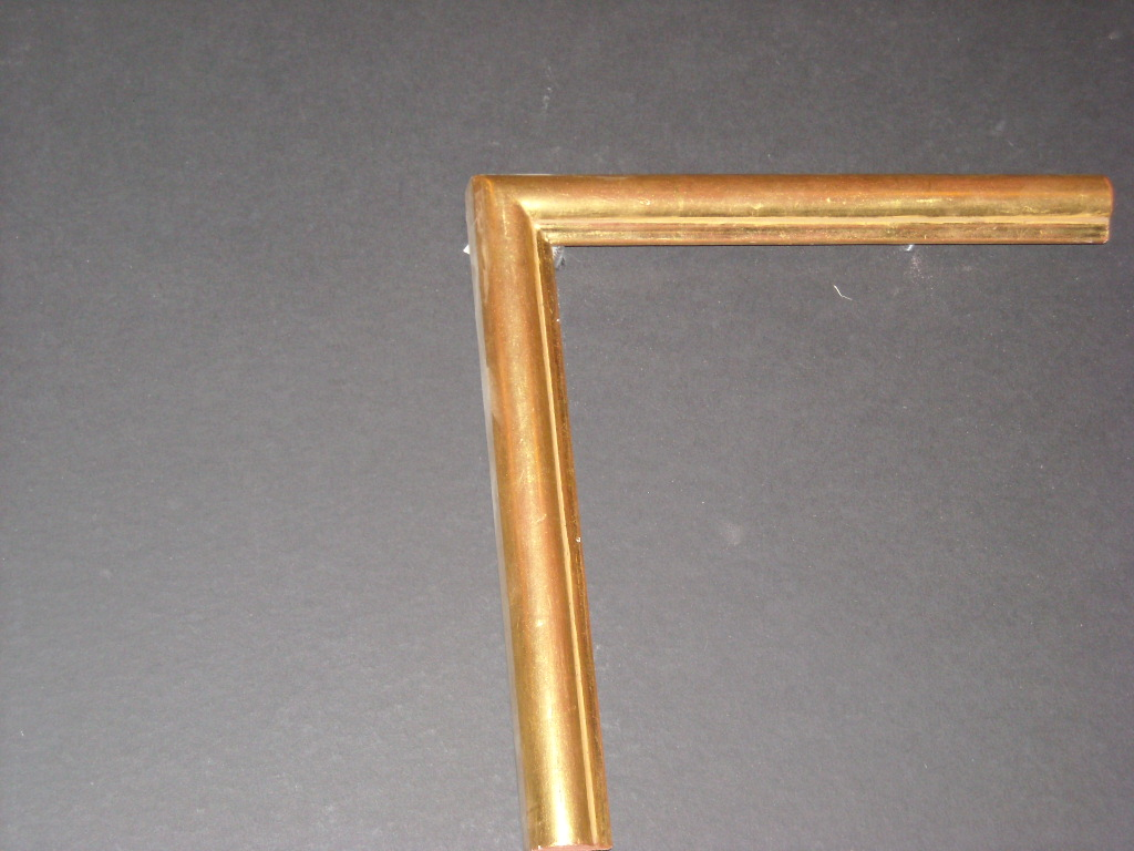 RP8   (1inch)   rounded bevel solid wood frame